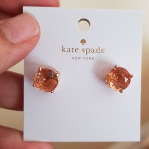Light peach studs